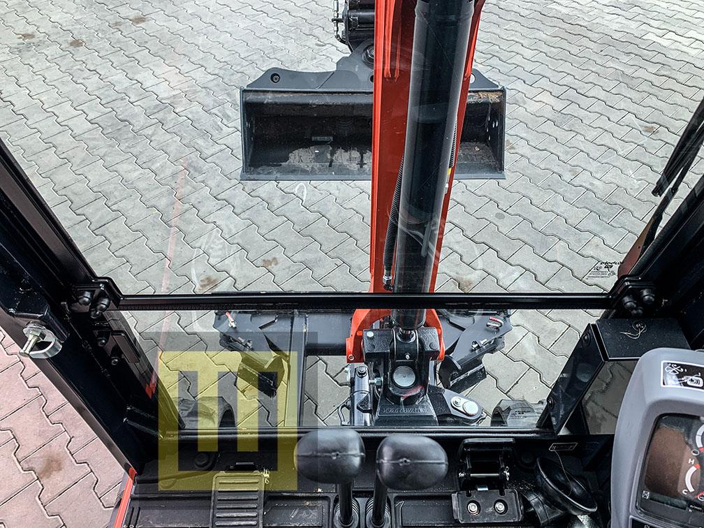 Minikoparka KUBOTA KX019-4 WOBIS kabina środek