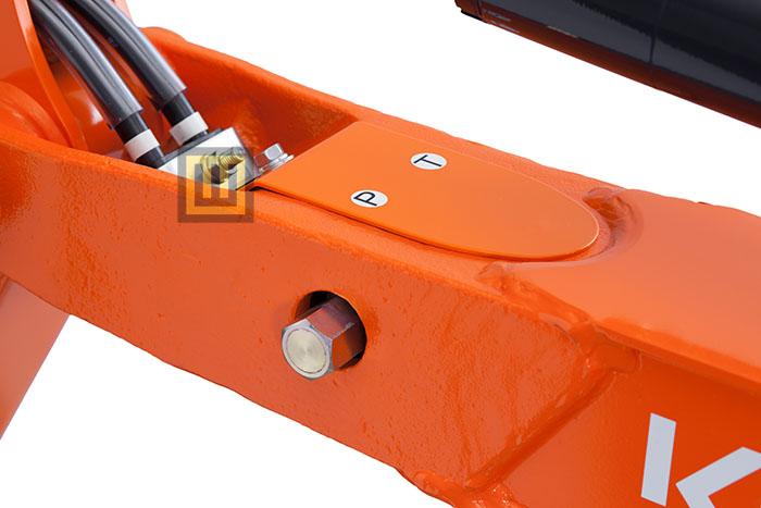Minikoparka KUBOTA U10-5 zabezpieczenie hydraulicznie przyłącza serwisowego
